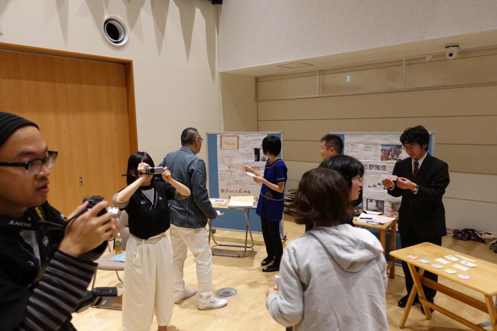 ドリプラXの発表でブースに集まる人たち
